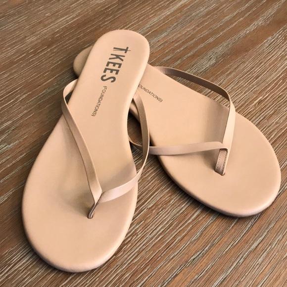 7675a520750819 TKEES nude flip flop sandal size 9. M 5a576e03a825a67ea1011f7d